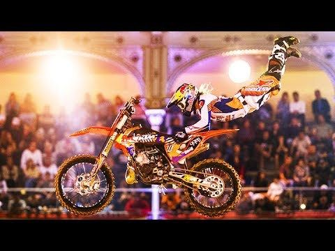 ►Click here to watch more Red Bull X-Fighters: Get the lowdown on how Levi Sherwood wrote a new chapter in FMX history with the first no-handed double backflip – and much more. There is no more iconic location in the world of FMX than the Plaza de Toros de Las Ventas in Madrid, Spain. This...  https://www.crazytech.eu.org/the-double-backflip-is-the-new-standard-top-3-runs-from-red-bull-x-fighters-2017/