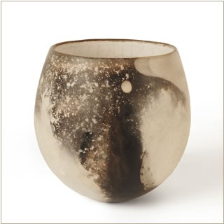 Beautiflu smoke fired ceramic pot