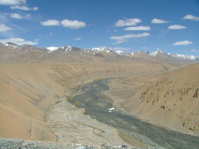 River in Spiti valley in cold desert of Himalayas  #landscape #Himalaya #drought #desert #mountain #endangered #water #river #wetland @PragyaNGO