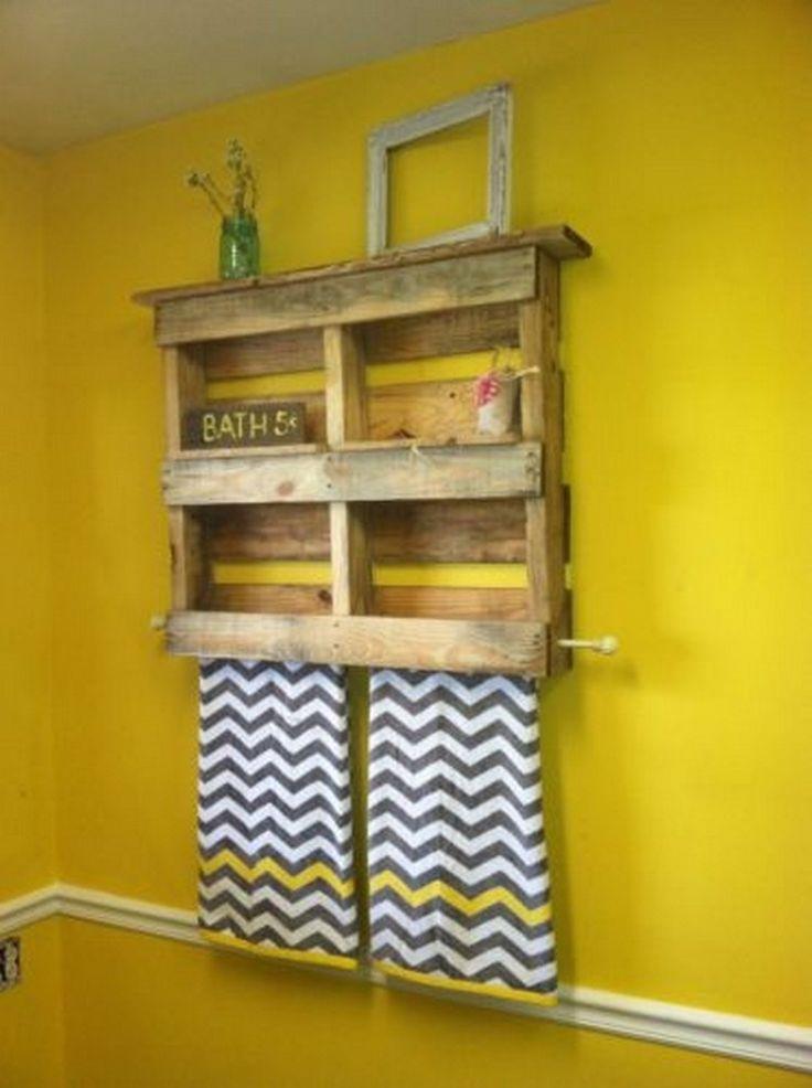 best 25 pallet bathroom ideas on pinterest rustic towel. Black Bedroom Furniture Sets. Home Design Ideas