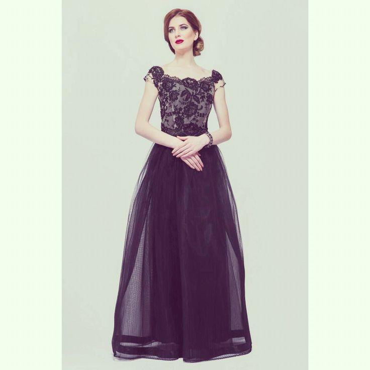 SS 15 A regal black a gown in Elen's atelier