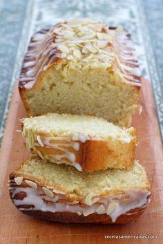 Delicioso bizcocho de limon y almendra; glaseado de limon. Mi favorito! Más recetas! >> recetasamericanas.com