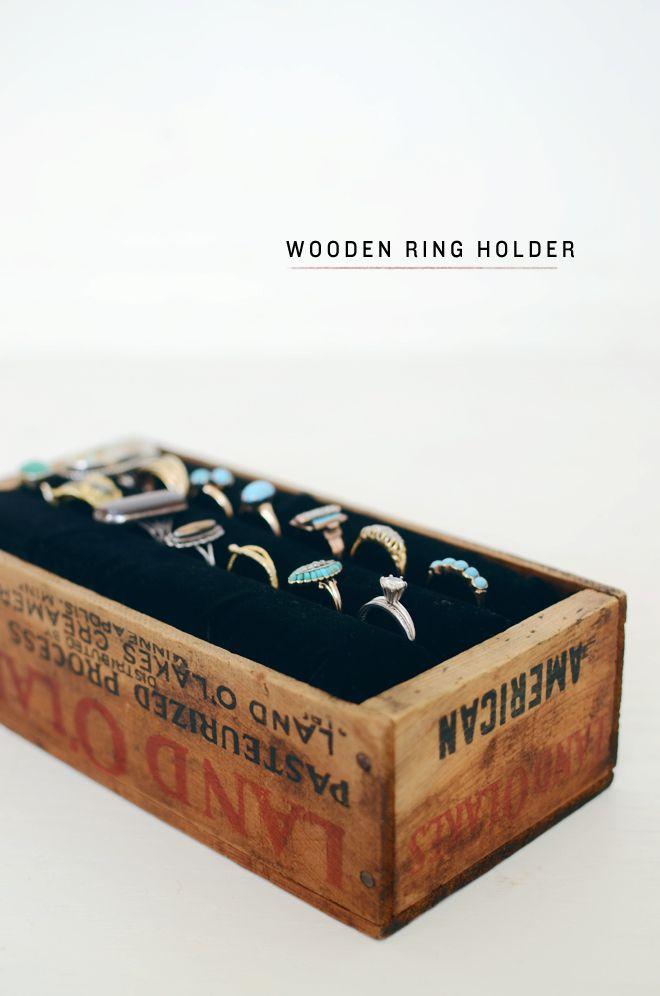 diy: wooden ring holder | cakies