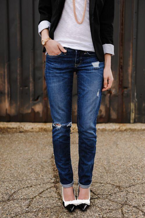 the-streetstyle: Polished casual.via sidewalkready