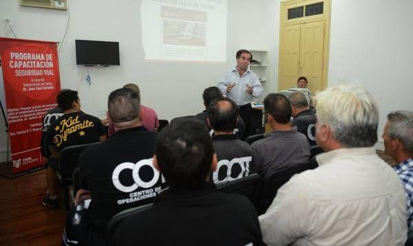 Tigre capacita a agentes de tránsito para aplicar nuevo sistema de control vial