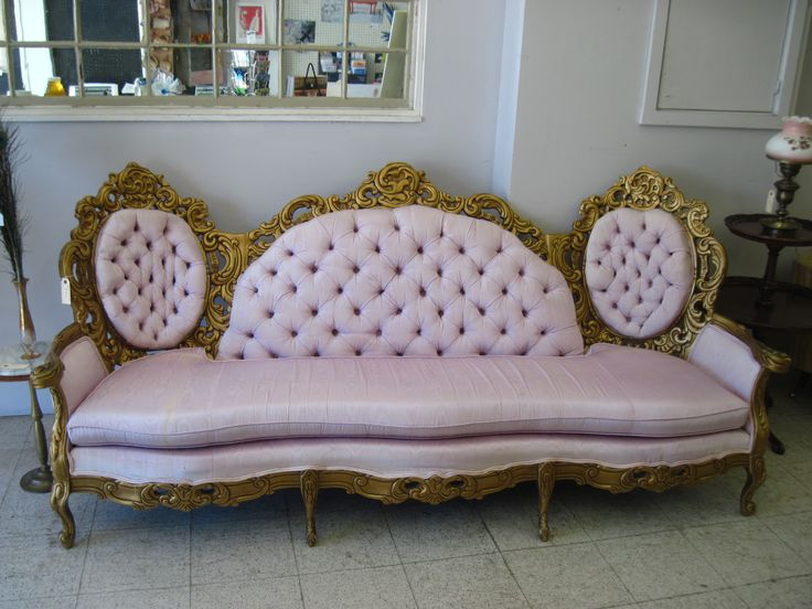 Victorian Couch 0910 002 In 2019 Victorian Sofa
