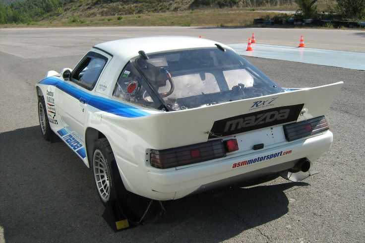 1978 MAZDA RX-7 GROUP B CHASSIS #6 - 310 hp 12,000 rpm Wankel Rotary engine ... 5-speed Limited Slip Differential .. Bilstein adjustable & brake fluid ventilated disc brakes, with 4 piston calipers on all four wheels