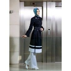 Irani Manto/Coat in Black color