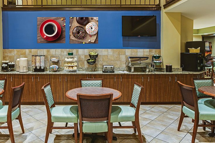 Foto op canvas - interieur decoratie idee voor restaurants, bars en cafés  Deze artikel zal interessant zijn voor de mensen die hun eigen café, bar of restaurant uitbaten of willen binnenkort starten. Als u van plan bent om een nieuwe vestiging te openen of wilt u uw huidige interieur design verfrissen, raden wij u aan om uw aandacht te besteden aan de wanddecoratie van modulaire canvas foto's. Het afdrukken foto's op canvas - is een moderne en stijlvolle manier om uw interieur te…