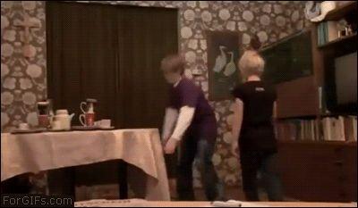 Tablecloth stunt ▓ KARMA