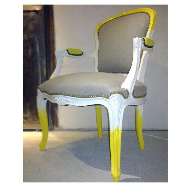 fauteuil louis XV fleurette                                                                                                                                                                                 Plus