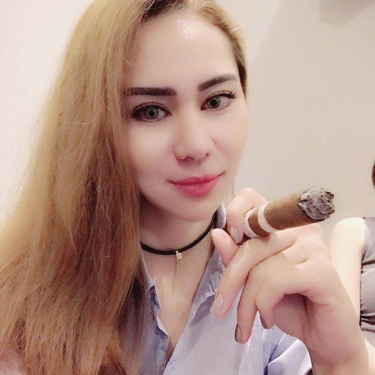 Capnolagnia smoking fetish video - 1 1