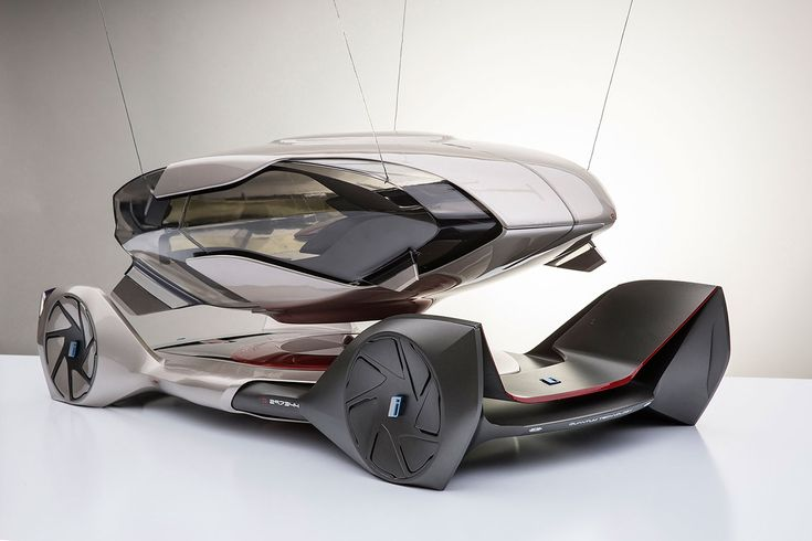 BMW iQ Concept by Chris Lee - Scale Model