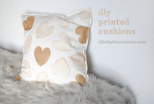 LOVE these hand stamped cushions. This is a great tutorial that I will definitely be using to make some custom pillows for my office couch.