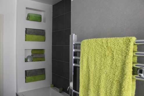 Lime green and gray for the bathroom master bath for Bathroom decor lime green