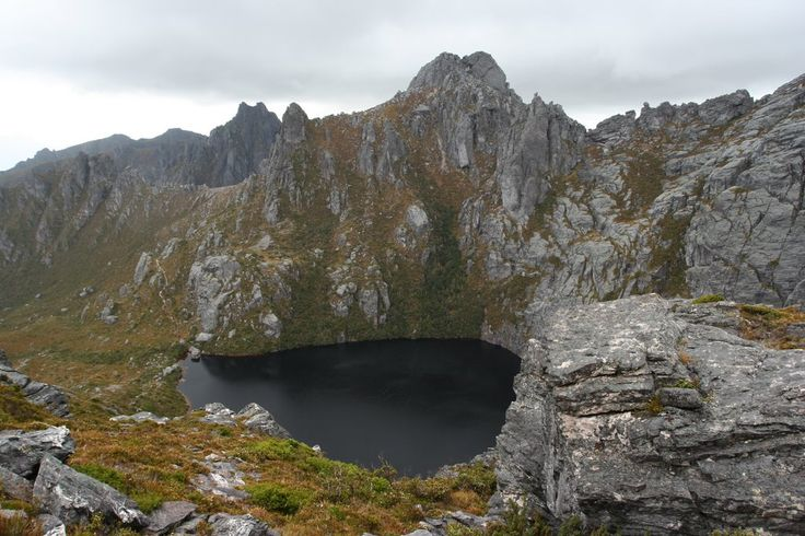 Panoramio - Photo of Square Lake Western Arthurs