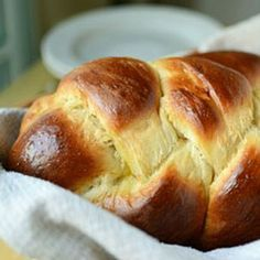 Italian Easter Bread. A sweet eggy bread perfect for the holiday or anyday.
