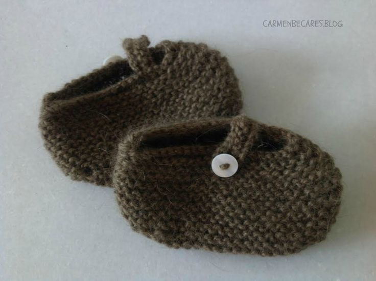 carmenbecares.blogspot.com: TUTORIAL. PATUCOS BEBE MARY JANE. BABY BOOTIES. KNITTED TUTORIAL