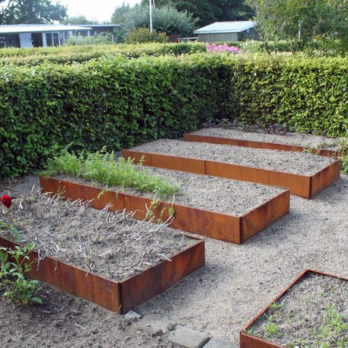 metal framed raised garden beds