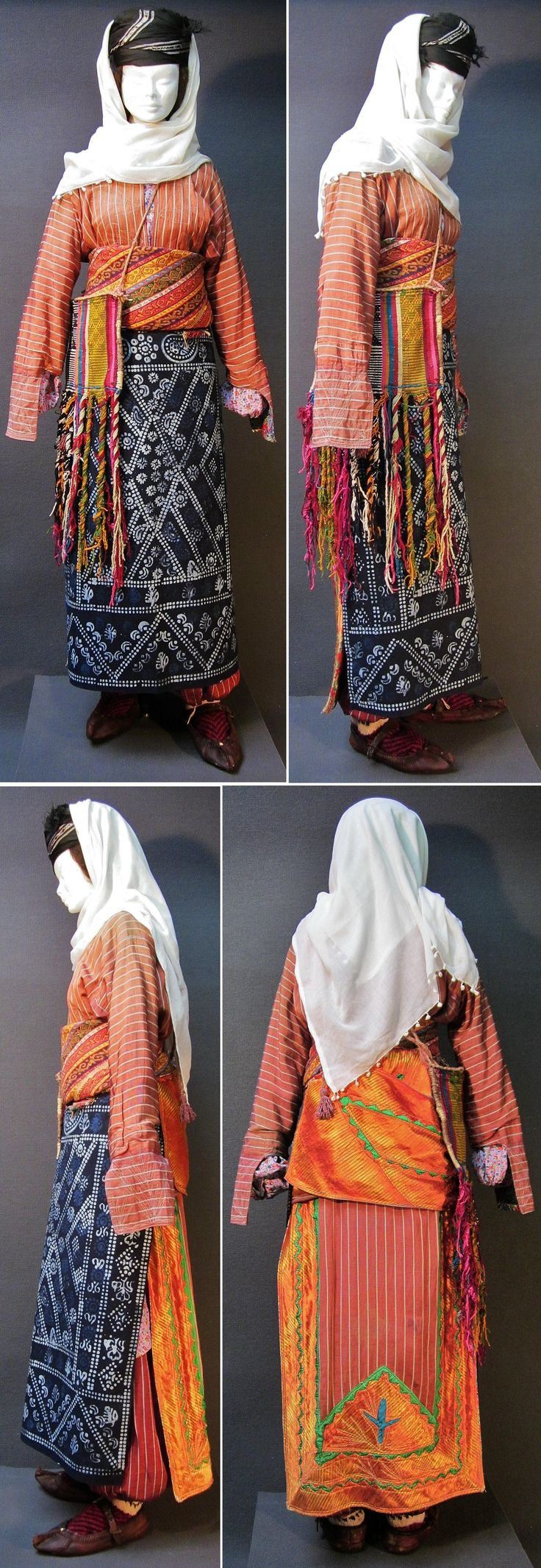 Traditional dayly outfit from the Malatya province, Kurdish (Zaza) Alevi ethnic group, mid-20th century.  With an ikat silk 'deyre' (an üçetek with front panels decorated on the inside – a garment which is characteristic of Alevi people).  (Kavak Costume Collection - Antwerpen/Belgium).