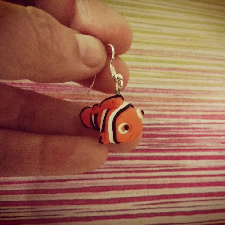 Encontré a Nemo :) Finding Nemo earring polymer clay