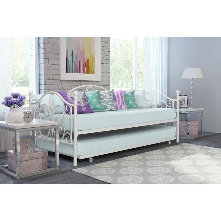 Best 25 Metal Daybed Ideas On Pinterest White Daybed