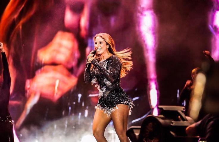 """Vídeo: Ivete Sangalo faz show """"destruidor"""" no Festival de Verão de Salvador"""