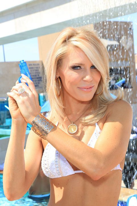 The Real Housewives of Orange County's Gretchen Rossi Almost Blinds the Entire City of Las Vegas With Her Bling-tastic New Engagement Ring: Save the Date