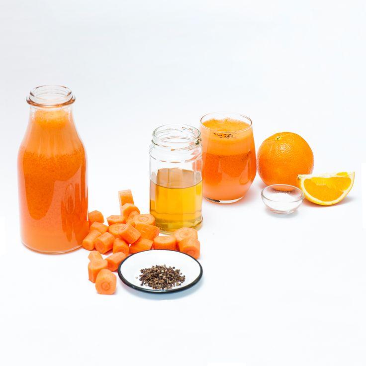 Orange and Carrot Juice 1kg carrots, 6 oranges, 1 teaspoon honey, 1 teaspoon vanilla sugar. Top the juice with some cardamon.