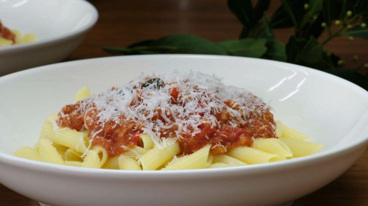 Penne with Pork & Red Pepper Sauce (GF)