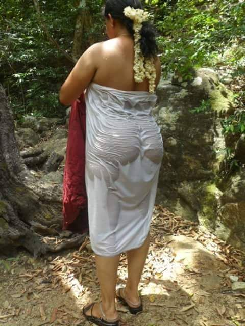 desi hot outdoor girls