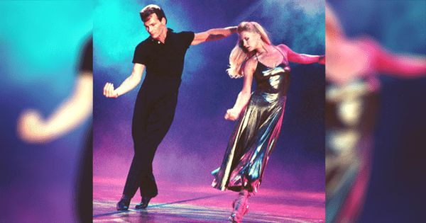 """Большим событием в 1994 году стала церемония World Music Awards, на которойвпервые на международной ТВ-сцене Патрик Суэйзи станцевал со своей женой Лизой Ниме танец под песню """"All The Man That I Need"""" Уитни Хьюстон. Это было только спустянесколько лет после выхода нашумевших """"Грязных танцев"""". В то время Патрик Суэйзи был на вершинесвоей популярности, и поэтому …"""
