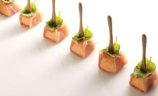 Ricette menu estivo - Prosciutto e melone, classico antipasto estivo