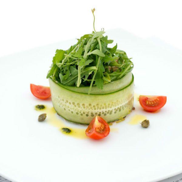 Recomandarea bucatarului : Salata de ton cu linte si oua