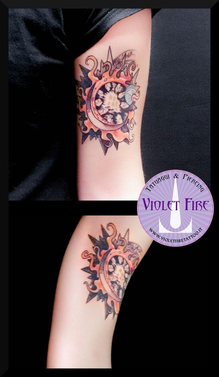 Tatuaggio Big Bang - Tatuaggio esplosione solare - tatuaggio sole, tatuaggio pianeta, tatuaggio big bang - tatuaggio stelle, tatuaggio pianeti, tatuaggio artistico, tatuaggio miniatura, tatuaggio colori, tatuaggio braccio - Violet Fire Tattoo - tatuaggi maranello, tatuaggi modena, tatuaggi sassuolo, tatuaggi fiorano - Adam Raia