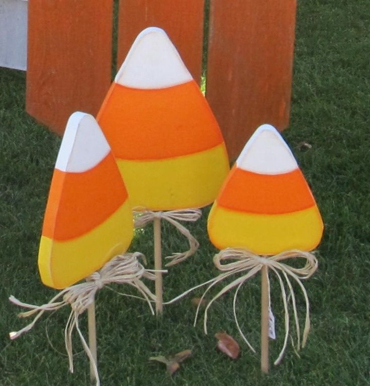 Candy Corn Yard Art | Found On Thepicketyplace.blogspot.com. Halloween Fall  CraftsHalloween DecorationsHalloween ...