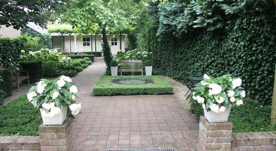 Sequia tuinen romantische tuin garden pinterest gardens - Romantische witte bed ...