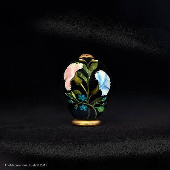 #Quail egg, #Carnations and #forget-me-not, Green #leaves, #garden, #easteregg, #springstyle