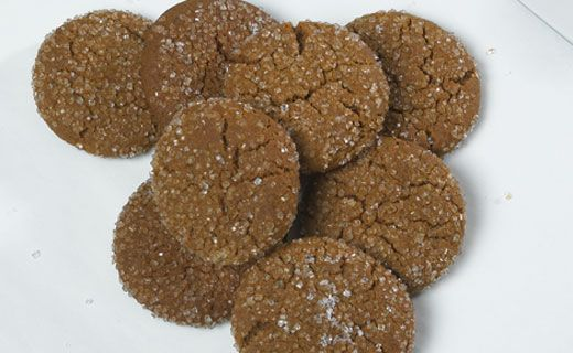 """Nothing says autumn like the smell of fresh-baked #Gingerbread """"Crackle"""" Cookies."""