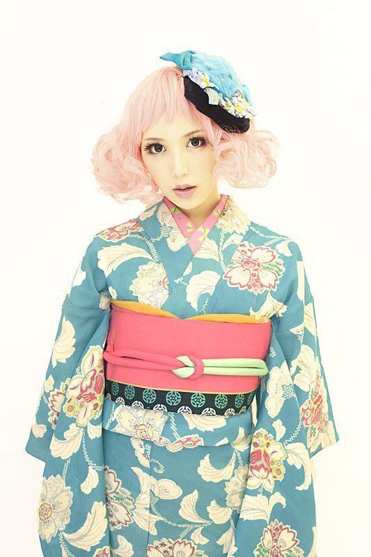 Fashion show of our fake Suites Kesen Erika. Tsurezure from the park and toughness of Takashima Dali Hair Design