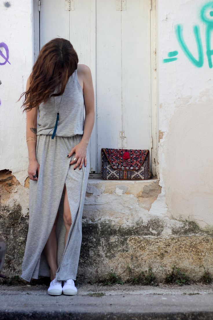 the summer wind, the summer dress #7thought #boutiquecafe #streetstyle  photo: @teapotgr