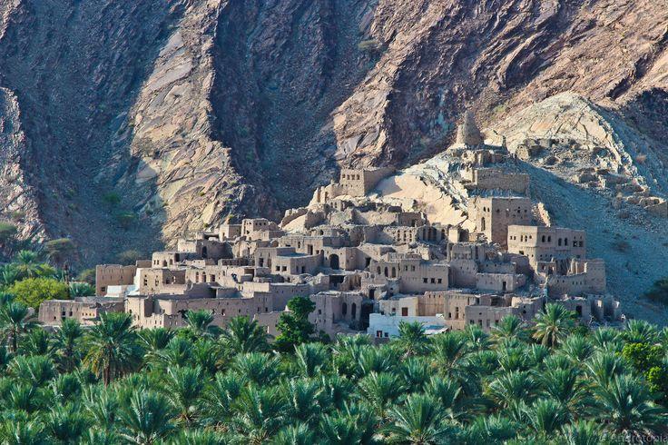 Linda Polik, Oman