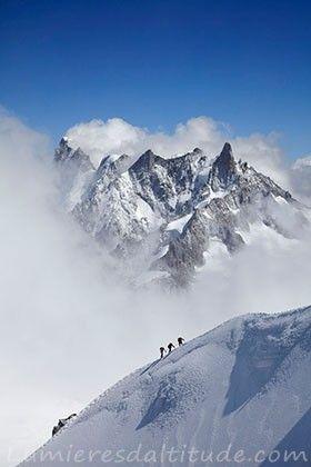 Sur l'arete de l'aiguille du Midi, Chamonix, France