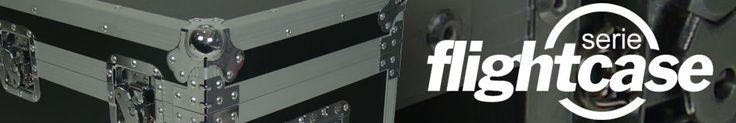 Los flightcase son el elemento indispensable para el cuidado y transporte de los equipos audiovisuales o de iluminación. Triton Blue fabrica una serie de flightcase estándar, flightcase con elementos antichoque para garantizar mayor protección, flightcase formato rack, flightcase para el transporte de las cabezas móviles o equipos de tecnología LED, incluso una serie de flightcase apilables y adaptables para diferentes equipos, cableado, piezas de truss, etc.
