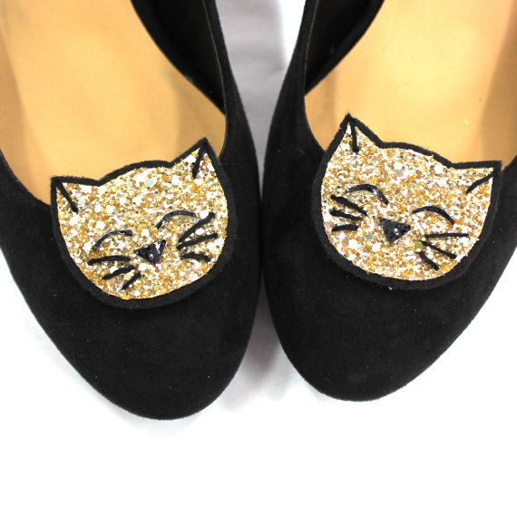 For all my fellow cat lovers Cute cat shoe clips  Crazy cat lady by HeadFullofFeathers on Etsy, £12.00