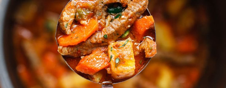 Instant Pot Carrot Potato Beef Stew - Comfort food at its finest and incredibly flavorful. This hearty beef stew with cooks in 20 minutes in the Instant Pot