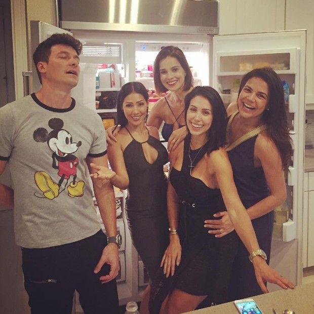Rodrigo Faro, Vera Viel, Bella Falconi, Simaria e Nívea Stelmann (Foto: Reprodução/Instagram)