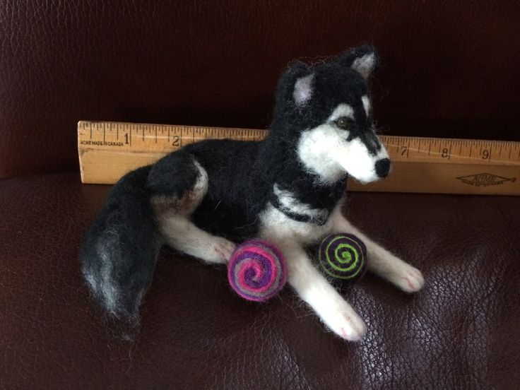 Black and white needle felted miniature husky, with or without ball, 7 inches by artbythebeth on Etsy