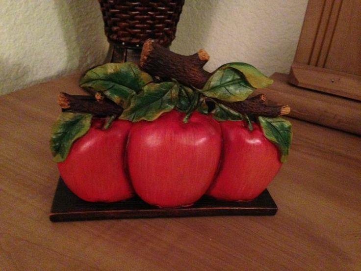 Best 10 apple kitchen decor ideas on pinterest apple for Apple fruit decoration