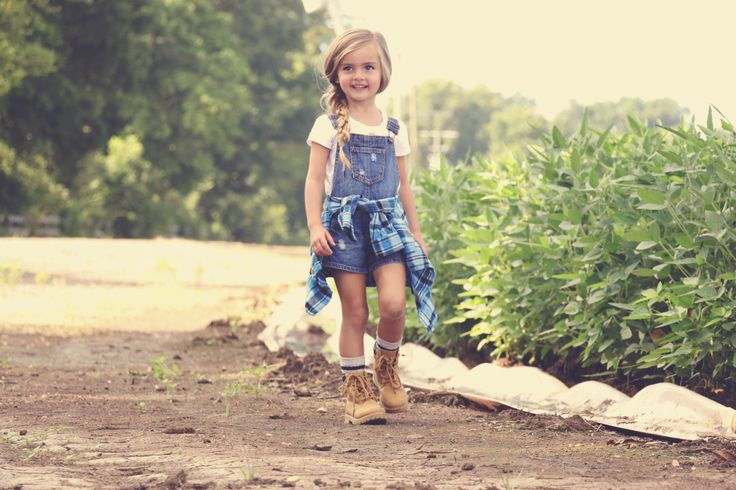 90's style, overalls, kids clothing, fashion kids, timberlands #chasinivy #loveguess #ryleighrue @ryleighrue